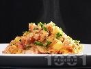 Рецепта Вкусно задушено свинско месо с картофи и гъби манатарки в тенджера